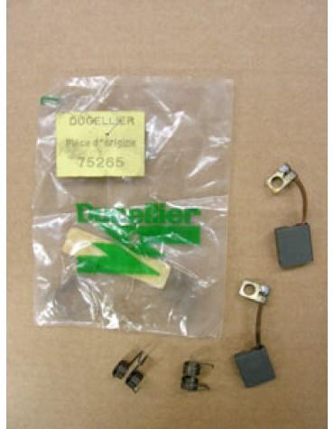 Paire de charbons de dynamo Ducellier avec ressorts pour 2cv