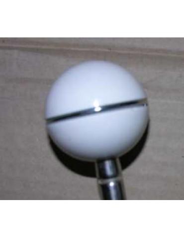 Pommeau Blanc avec bague d'origine sur Ami 6, du plus bel effet sur la 2cv !