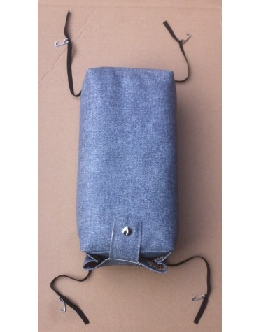 Accoudoir central en skai bleu denim, 2cv, Dyane, Ami, pour améliorer le confort de la 2cv