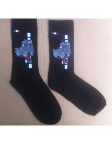 Paire de chaussettes hommes avec motif 2cv ancienne sur la Nationale 7