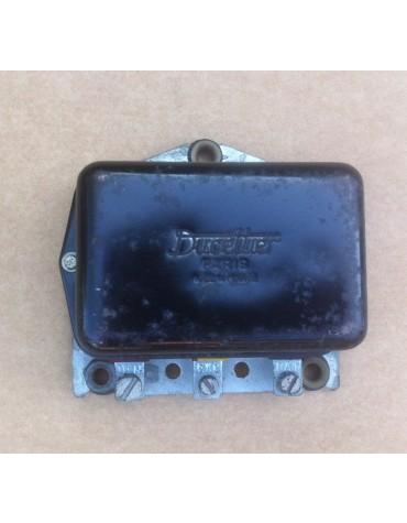 Régulateur Ducellier gros modèle  6Volts  8325 B  reconditionné