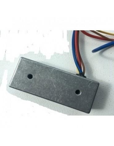 Régulateur de charge 6 volts excitation par le plus