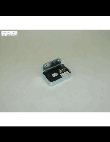 Régulateur électronique sur batterie,  2cv/Méhari 12 volts avec prise ; son bon état permet d'avoir une batterie bien chargée Livraison offerte en France continentale