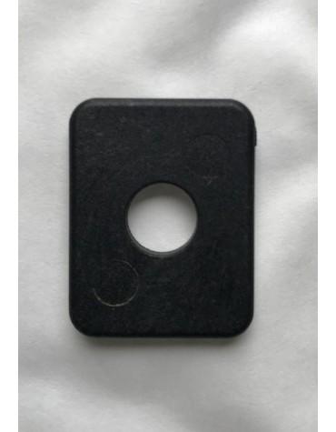 Rondelle carrée en plastique pour fixation du réservoir de la 2cv au niveau de la traverse de châssis