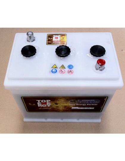 Batterie blanche livrée sans acide. 6V-140A