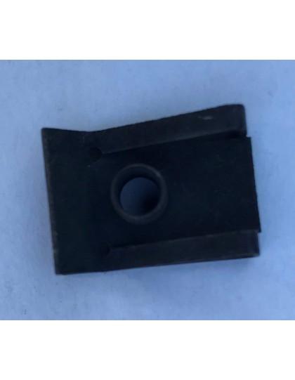 Ecrou clip 22 x 15 mm pour boulon M5 dans le collecteur d'air de la 2cv