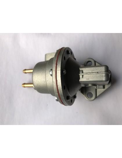 Pompe à essence Ami 6  raccords horizontaux en exclusivité Ami 2cv