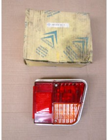 Cabochon de feu arrière droit 2CV 4 et 6 avant 1972