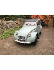 AZ 1961 Vert embrun accessoirisée du 23 12 1960 même propriétaire durant 60 ans en bel état de présentation et de fonctionnement 81 000 kms au compteur
