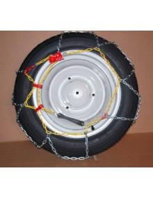 Paire de chaînes pour pneu 135 R 15 (photo non contractuelle, la roue ne fait pas partie de la référence)