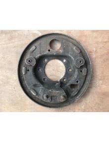 Flasque de frein avant gauche 2cv berline fixation par 6 trous ,pièce d'occasion