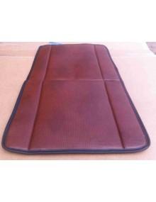 Garniture de siège avant skai marron imitation targa pour 2cv camionnette* ourlet marron ou noir selon arrivage photo non contractuelle targa marron plus ou moins clair selon arrivage