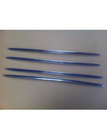 Moulures de porte pour 2cv avec galon bleu par Sinti