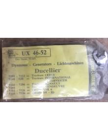 Paire de charbons de Dynamo UX 46-52 Ami 6
