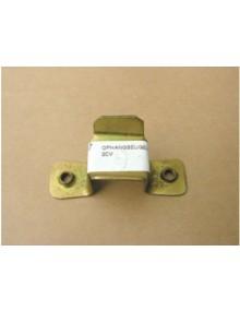 Support inférieur arrière de silent bloc de silencieux sous caisse avec filetage